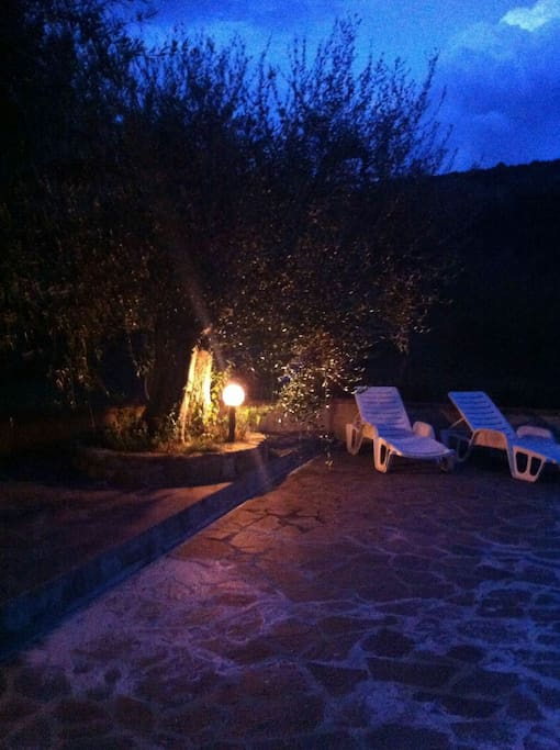 Relax di notte by the pool