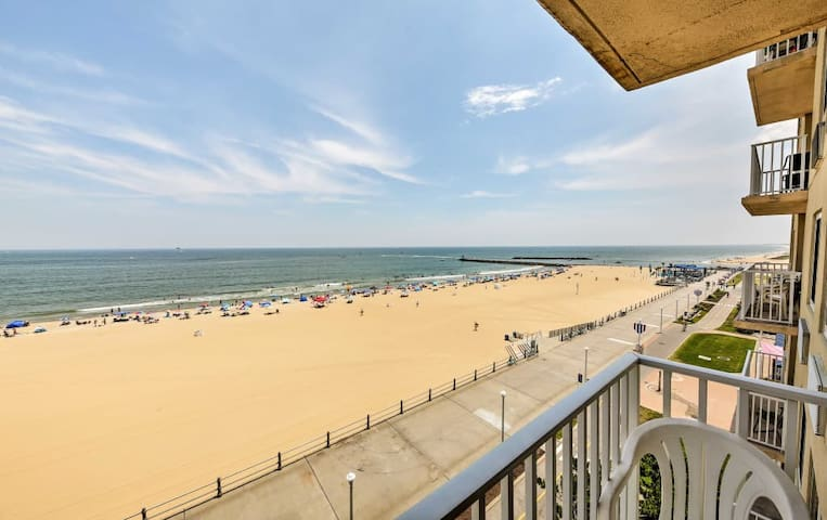 Oceanfront Virginia Beach Condo on Boardwalk! Pool