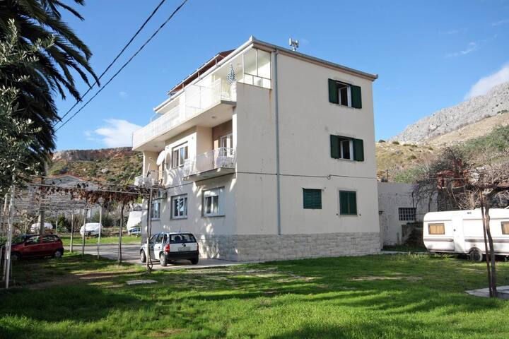 Studio flat near beach Duće (Omiš) (AS-5987-a)