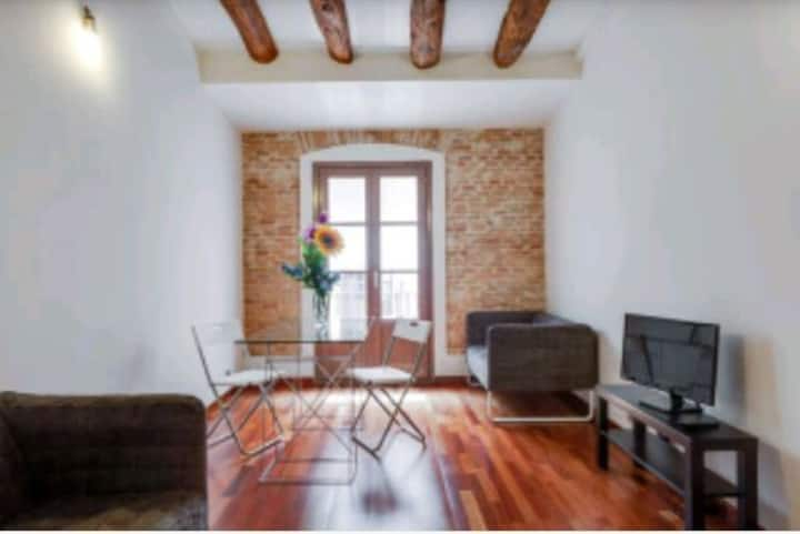 NEW APARMENT PERFECT LOCATION (couples)