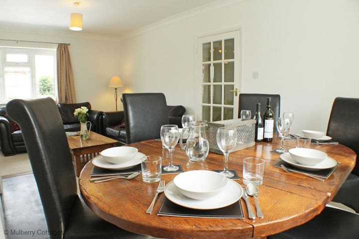 The Little Forge Apartment  Sleeps 6  in one of the prettiest areas in Kent, The Weald - Sevenoaks - Pis
