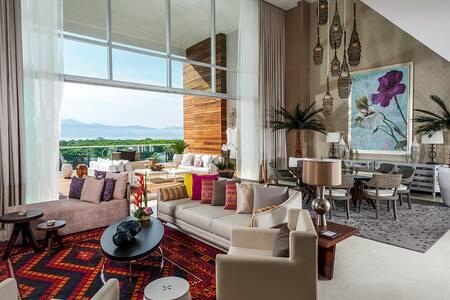 Thanksgiving Week! Grand Luxxe 3bdr - Condominium