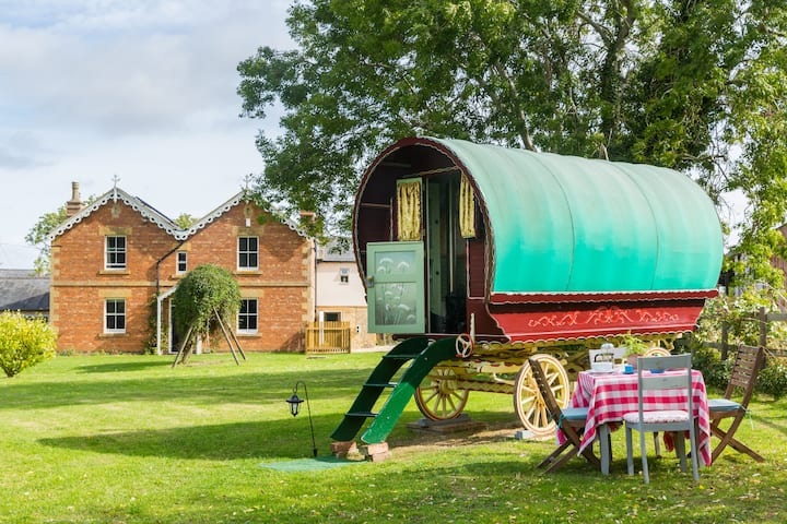 The Blockley Gypsy Wagon and Self-Contained Annexe