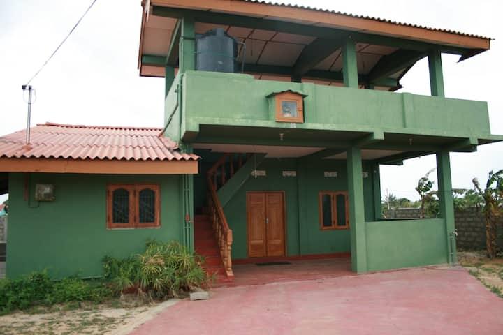 Kaniyan's Villa