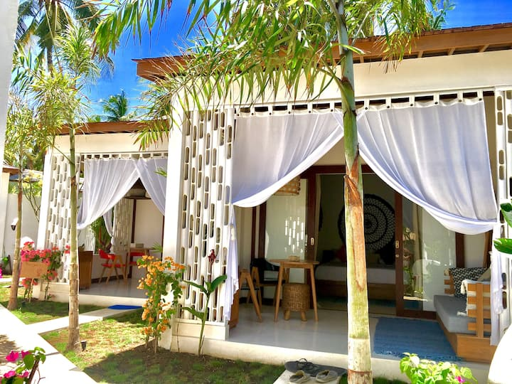 Gorgeous Bungalow-Near the beach-Sunset Point-2