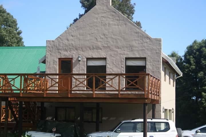 Fijnbosch Cottage