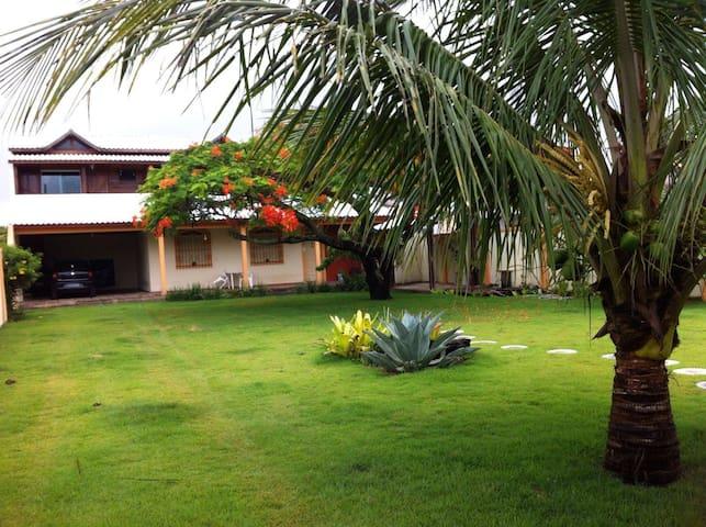 Casa em Grussaí - São João da Barra - House