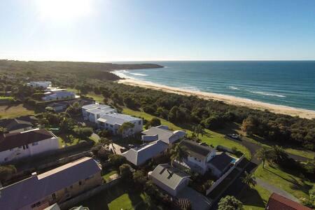 Sugarbeach - Ocean frontage - Tura Beach - Σπίτι