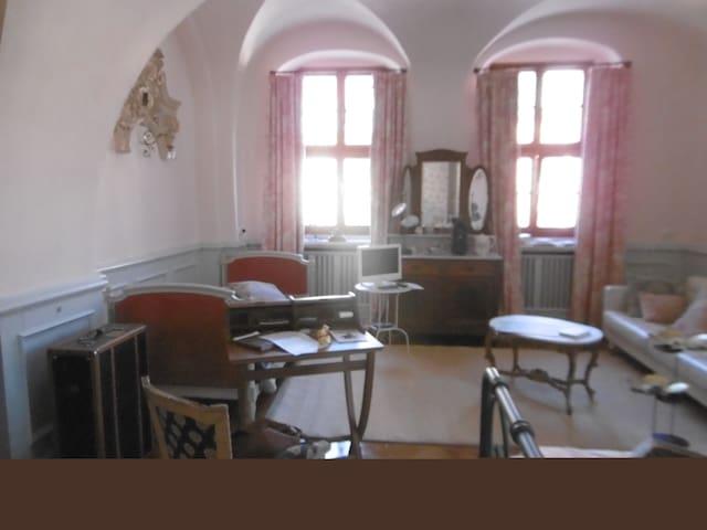 Suite Hans Gersdorffsches Palais