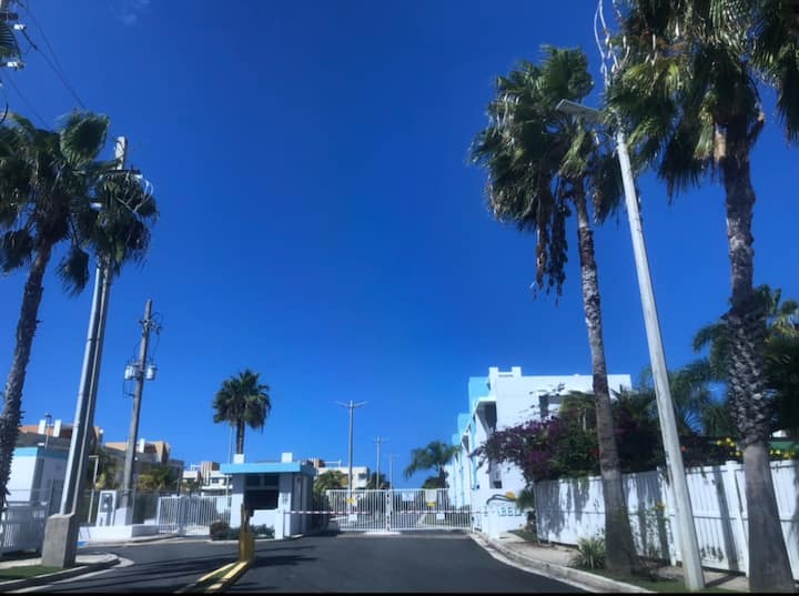 Apartamento Familiar  5MIN de Playa Jobos, Isabela