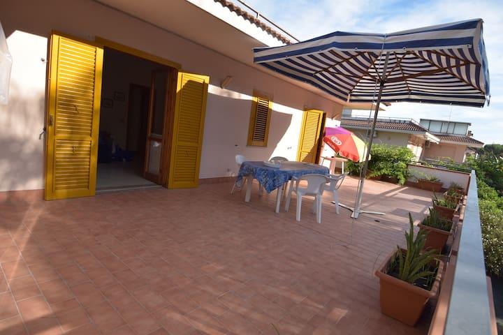 Appartamento lungo mare Fondachello - มาสกาลิ - บ้าน