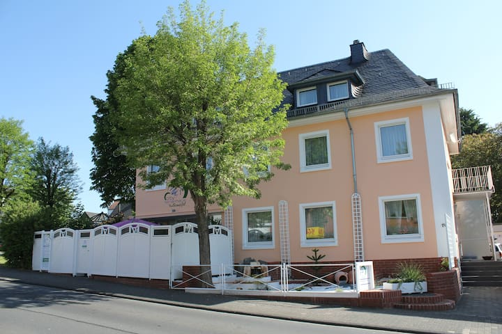 City Ferienhaus Daun, moderne Ausstattung, WLAN
