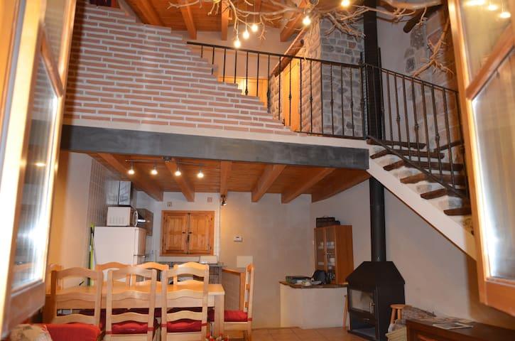 CASA LLOVET - Fuentespalda - House