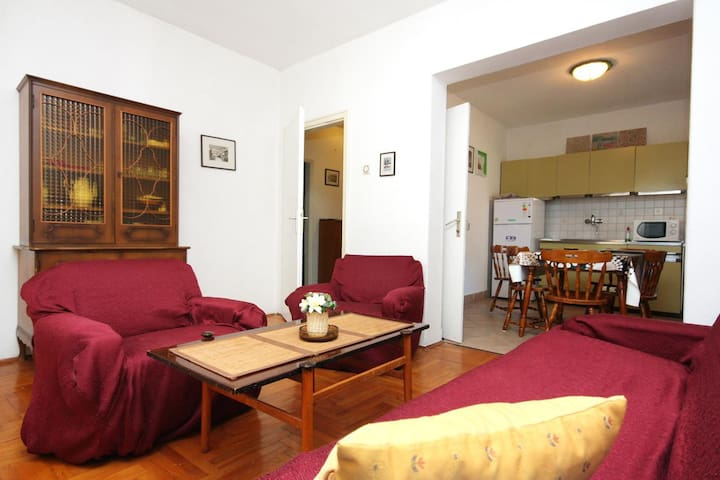 Two bedroom apartment with terrace Zadar (A-5852-a)
