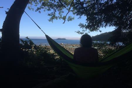 Beachcomber Luxury Oceanfront Tent @ Mussel Beach - 尤克卢利特 - 帐篷