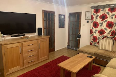Double room 5 minutes from Williams F1 & Wantage