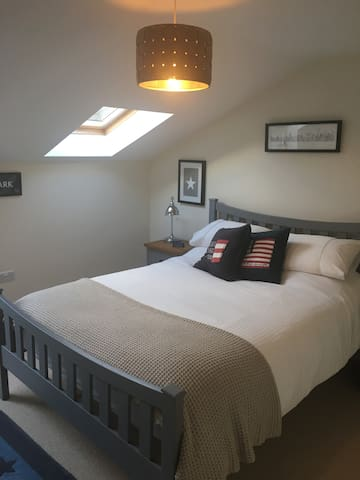 Comfortable room in Country Cottage (near Oundle)