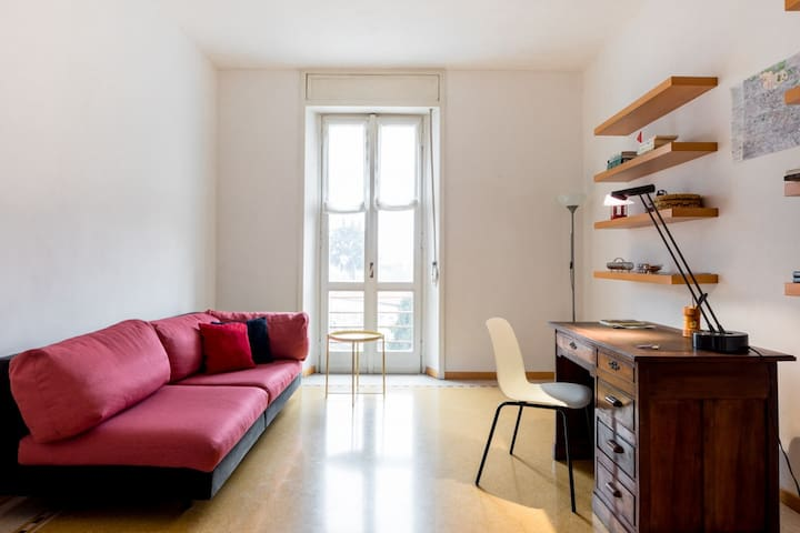 Spacious & Bright apartment