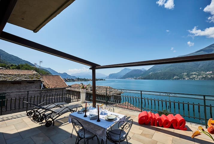 La terrazza Casa Romantica, vista lago stupenda