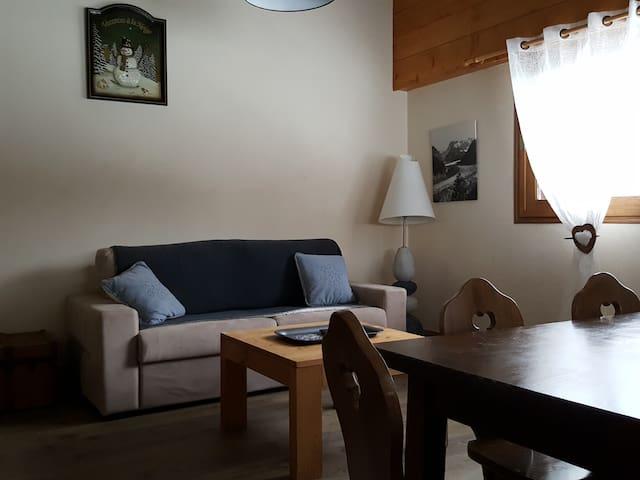 Appartement de charme avec vue sur la vallée - La Giettaz - Apartament
