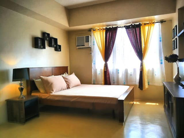 Cozy Studio at the Heart of Iloilo City of Love!