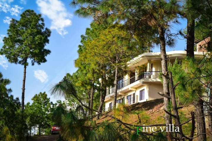 5 BR Villa | Peaceful | Pine Forest | Toy train