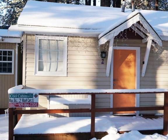 Big Bear 4 Seasons Two -1 FREE Ski/Board Rental!