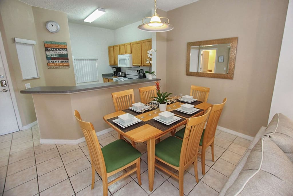 Dining Area for Six (6)