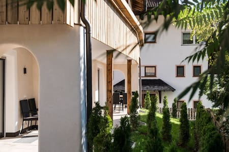 Sennes - Chalet Dolomit with Garden, Balcony, Mountain View & Wi-Fi; Parking Available