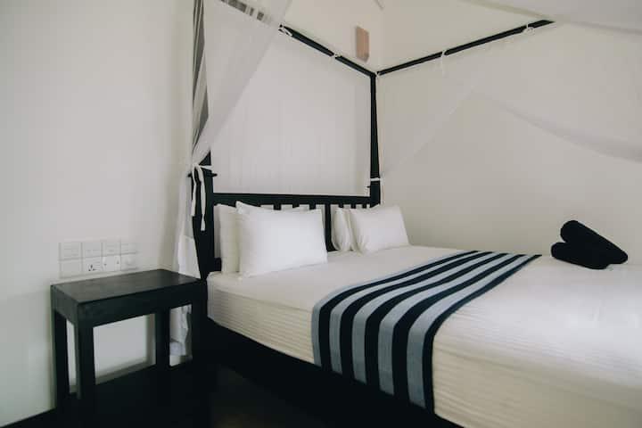 Villa 693 Galle Double Room Sea View(15% DIS)