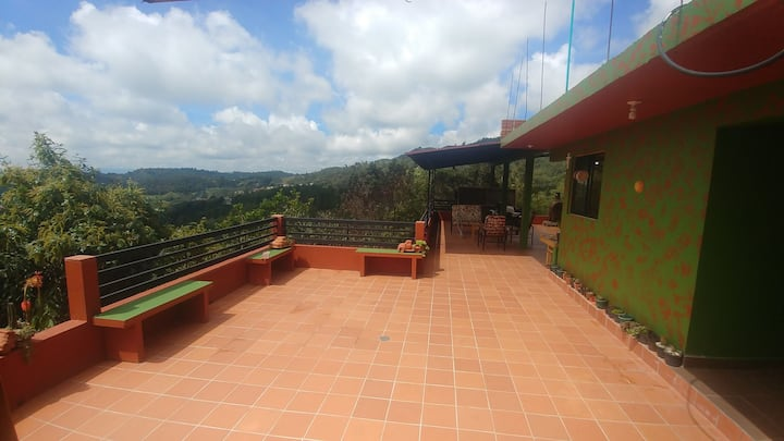 Santa Elena Beautiful apartment on a private farm.