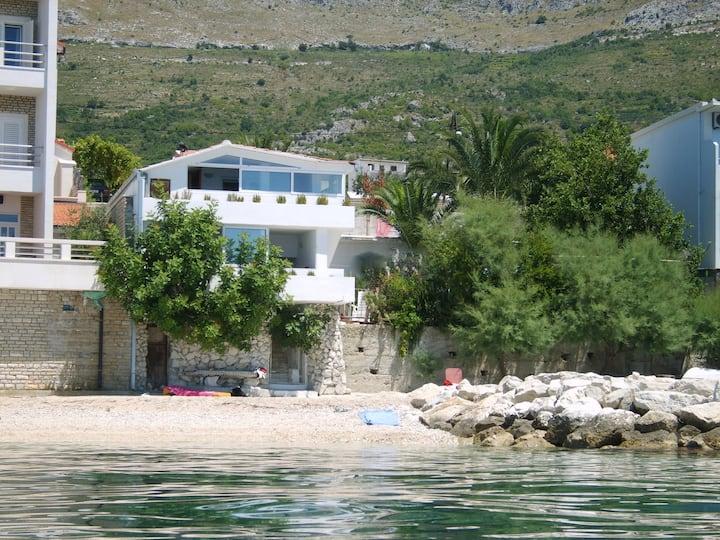 Apartments Bibi - No. 1 - directly at the beach!
