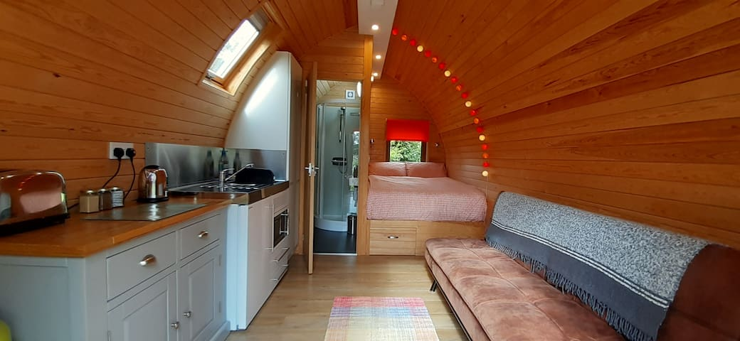 Firecrest - Cosy, Contemporary Cabin with en-suite