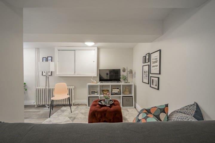 Yonge & Eglinton Apartment