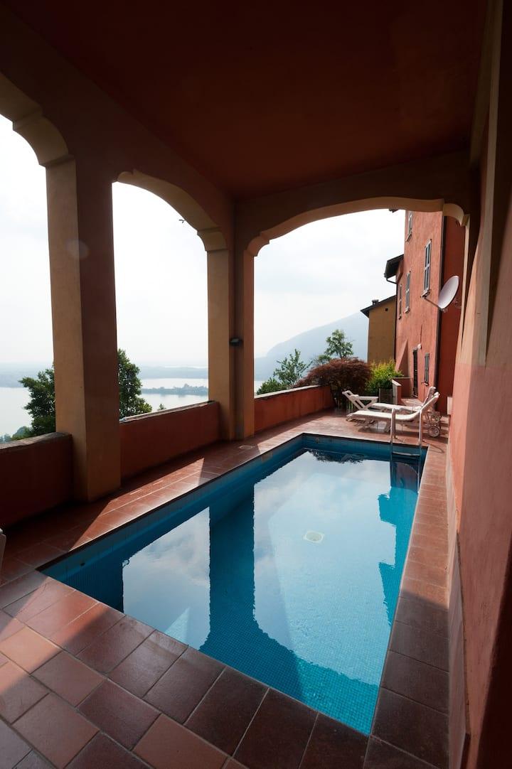 Favoloso appartamento con piscina privata