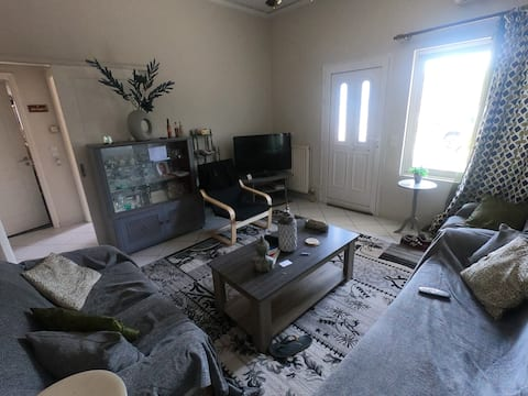 Peaceful and calm holiday town house in Drosia
