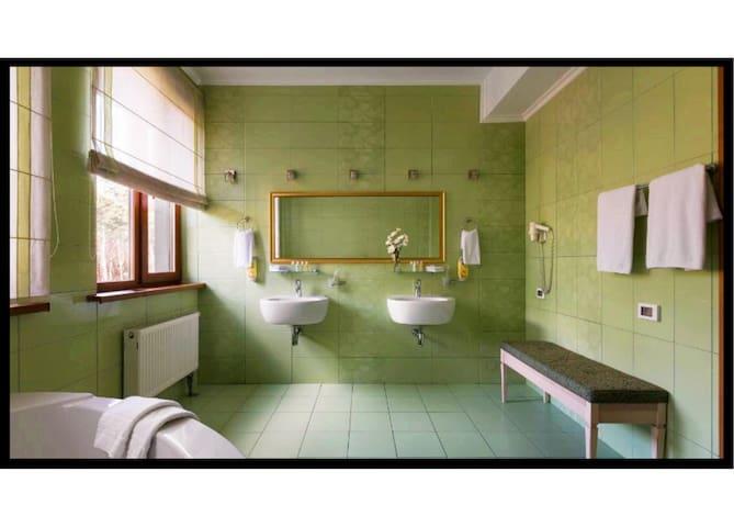 ONOVO Dendra Hotel 3