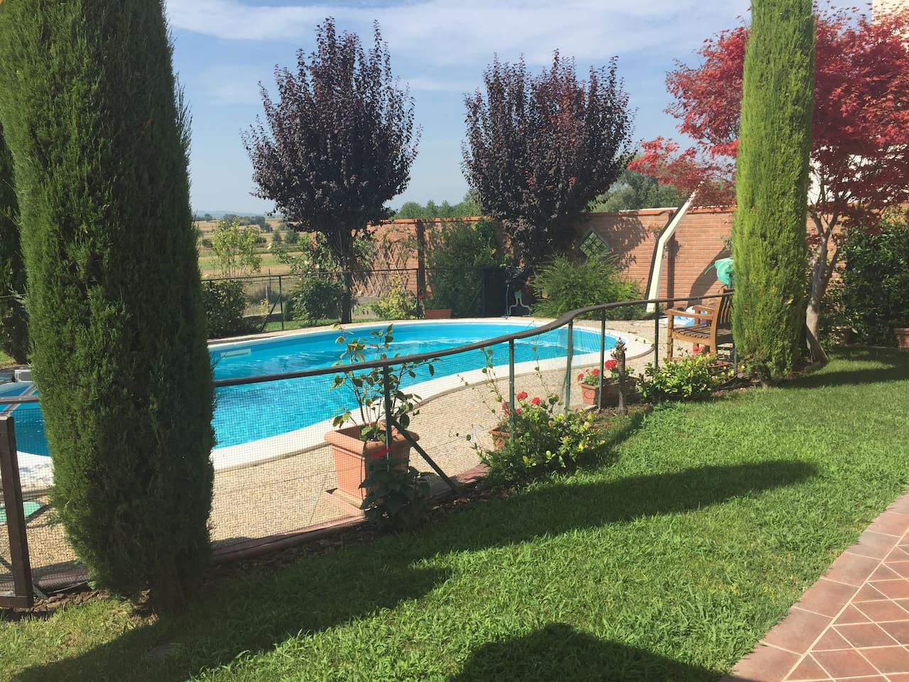 Italian holiday home with private gated pool