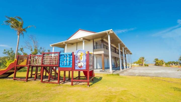 近後壁湖,星沙灣,墾丁民宿-椰林之家,陽台特大4人房(可安排星空BBQ)