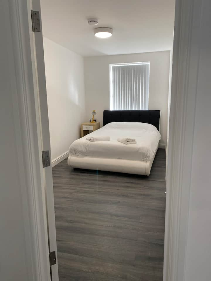 Luxury 2 bed Charles Street Flat