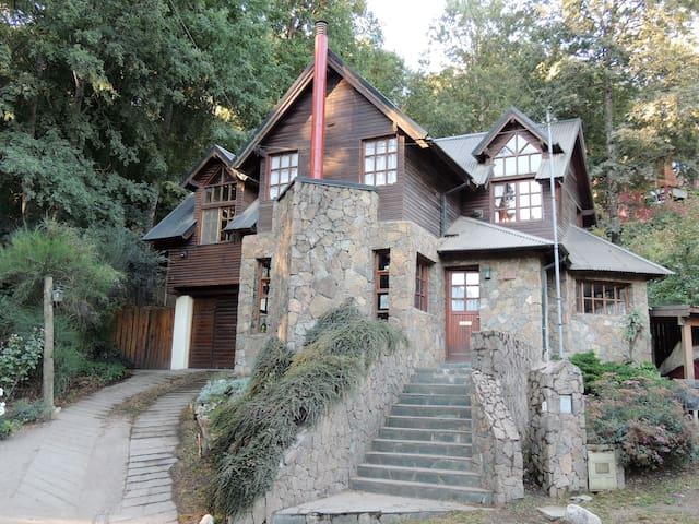 Casa en calle Los Robles, SMAndes - San Martin de los Andes - Casa