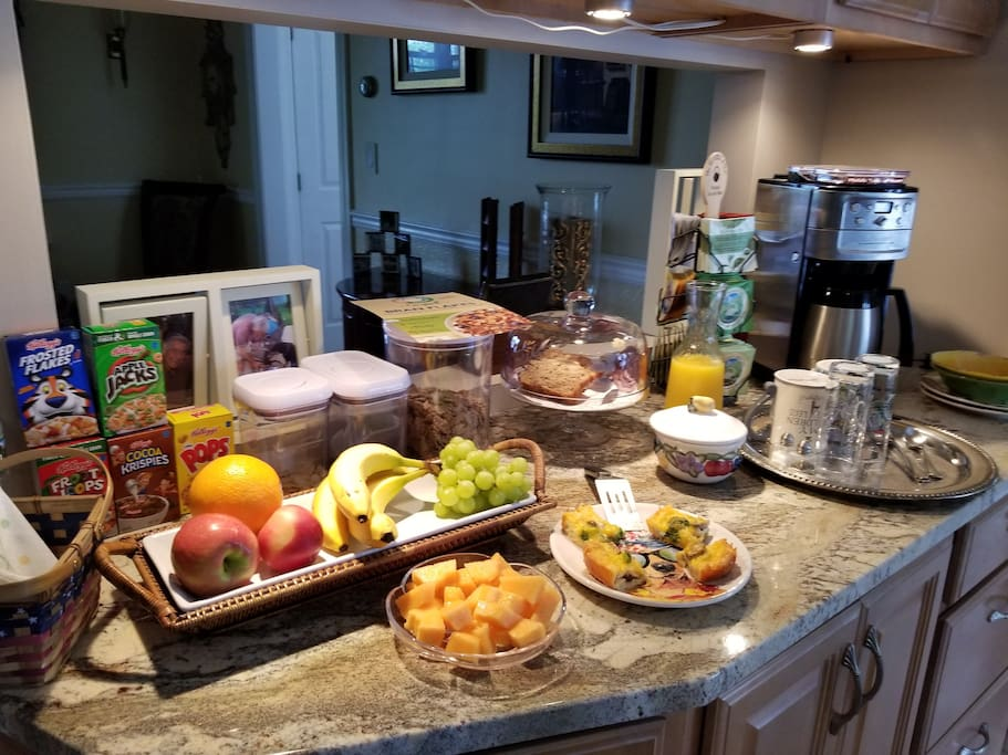 Complementary bottled water during your stay. Breakfast - cereals served with raisins/sliced almonds, oatmeal, fruit, home-made baked bread, quiche, o.j., specialty teas from The Republic of Tea, and fresh-ground coffee.