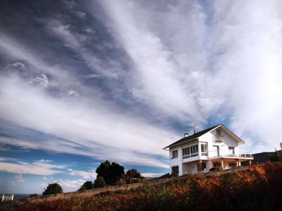 The house is situated in a quite zone on the Galician coast - perfect to switch off and recover!