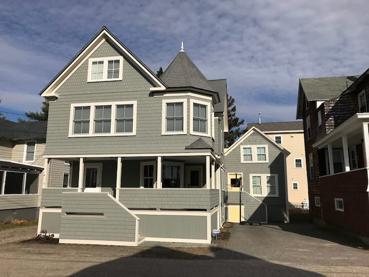 Old Orchard Beach Maine-Ocean Park Cottage