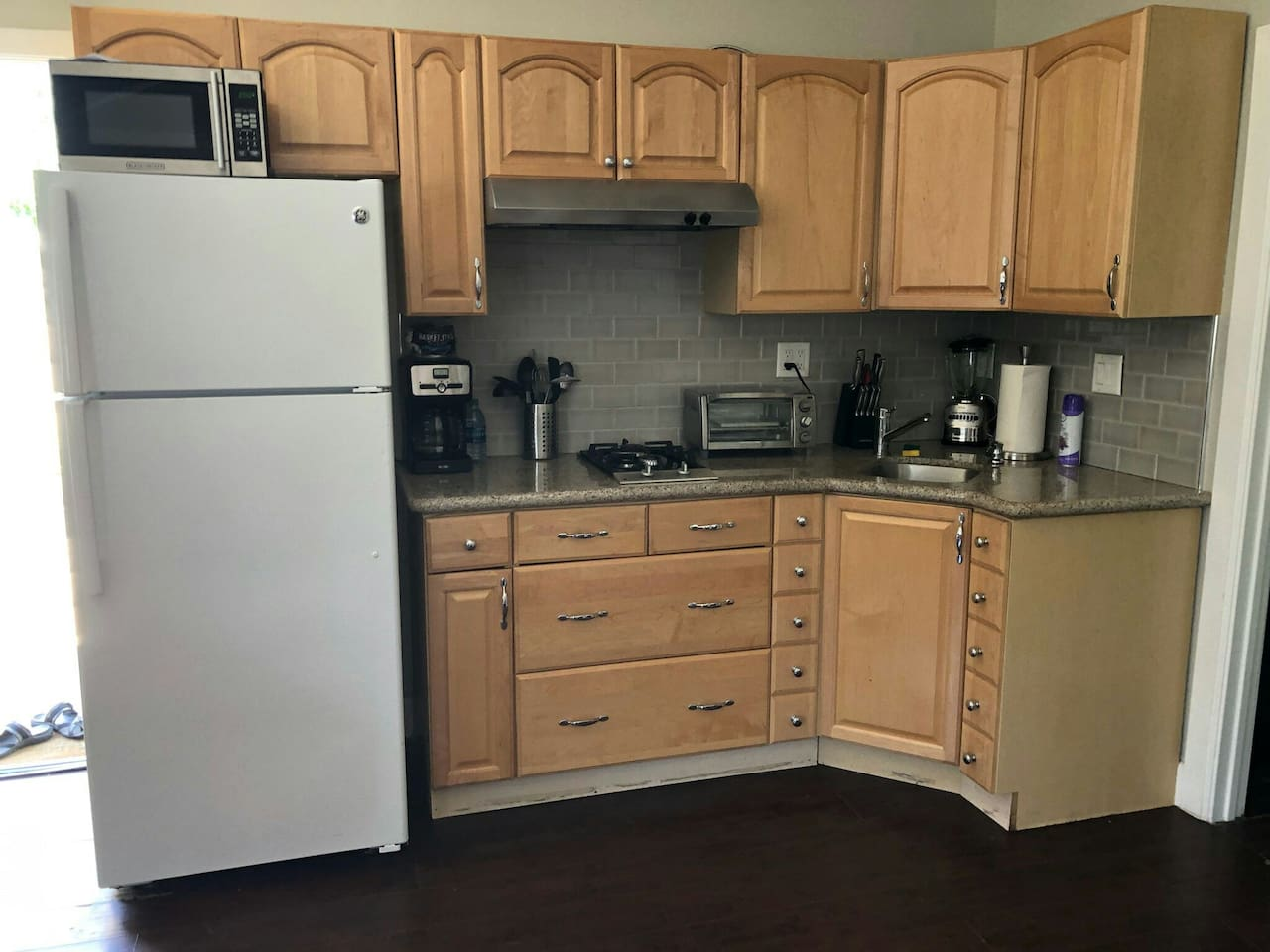 Guest House with full kitchen