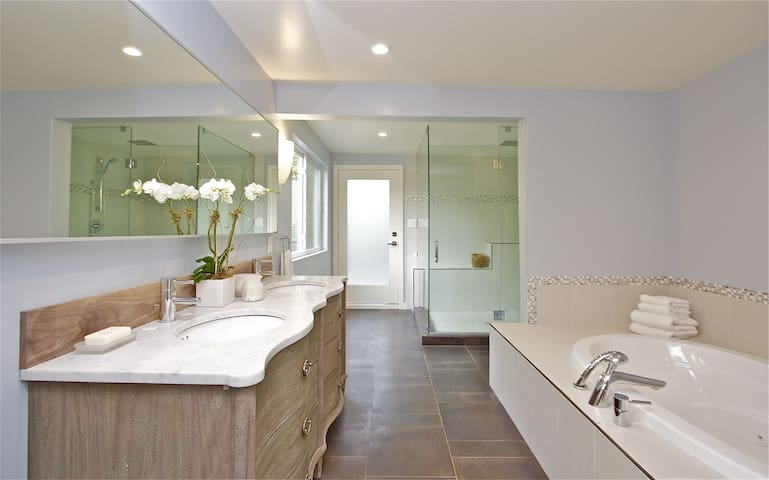 Brand New, Private & Luxurious floor - Kentfield - Lain-lain