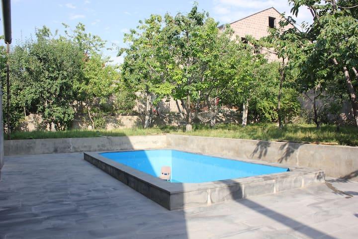 LUX VILLA IN YEREVAN - Yerevan - Villa
