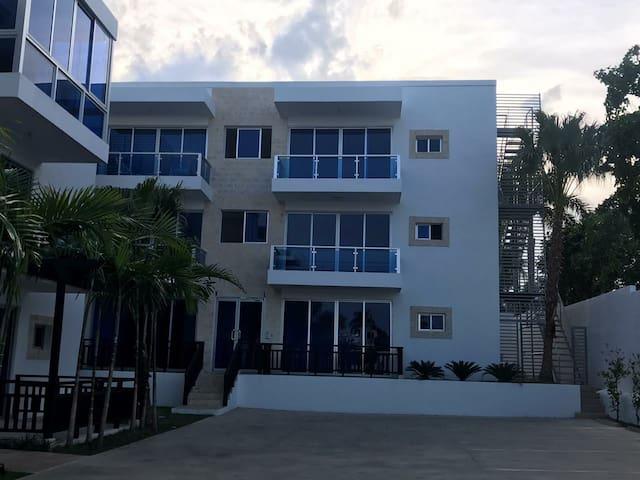 Apartments by long beach boulevard