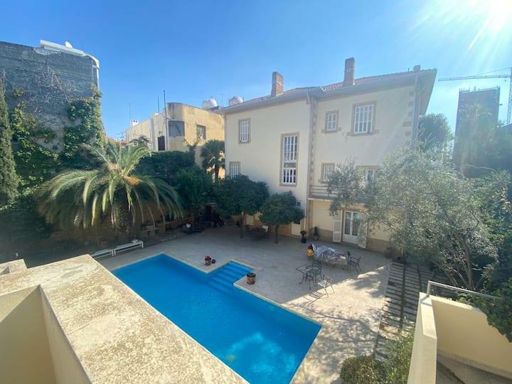 Stunning Studio flat with terrace in Nicosia