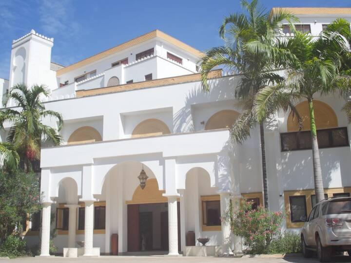 Lantana Nyota Villas 3 Bedroom - Diani Beach